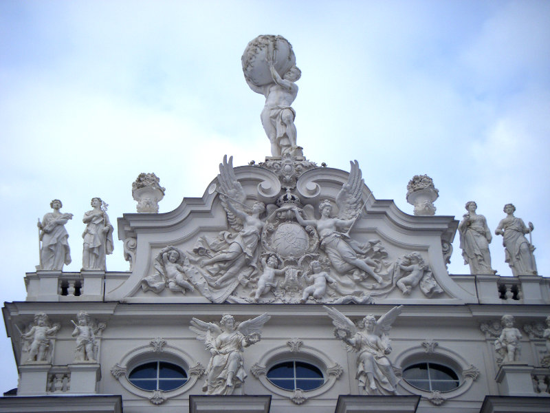 Linderhof Statues