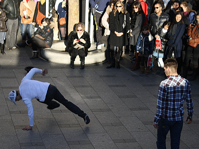 B-Boys breaking in Paris France
