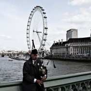 Bagpipes Over London Eye